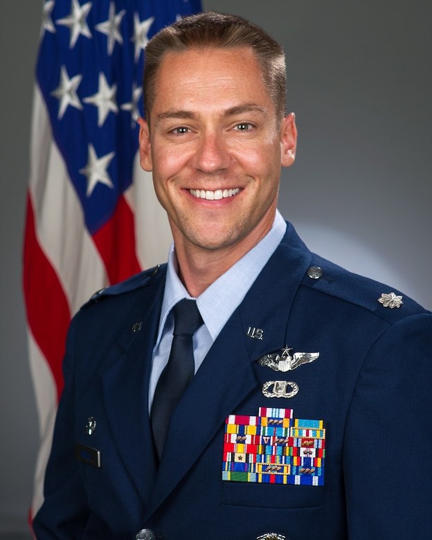 Lt. Col. Stew Welch, 9th Air Refueling Squadron commander, shares some thoughts on how refueling crews are similiar to and just as important as bass players. (Courtesy Photo)