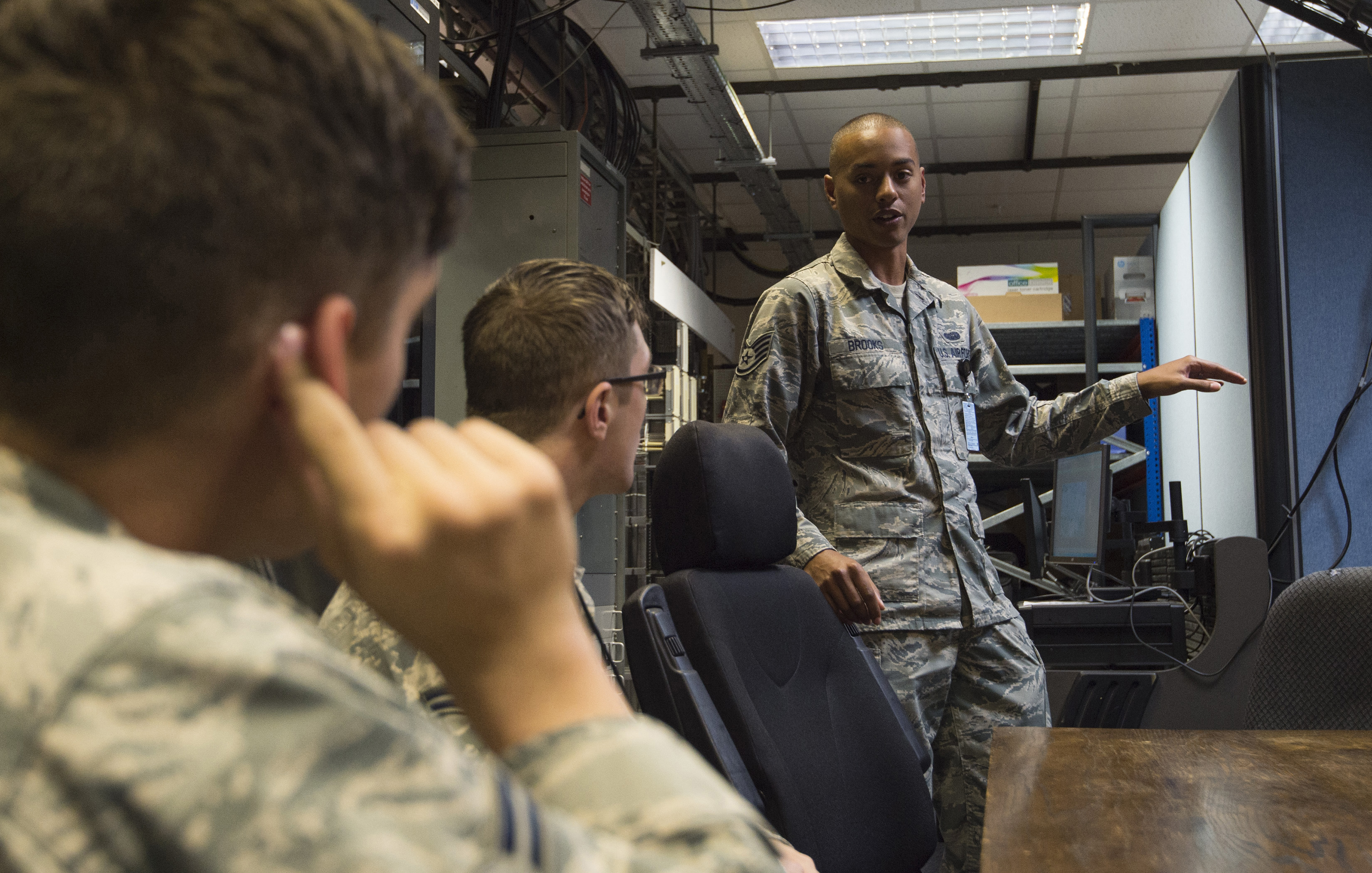 HFGCS Communications Squadron Emergence > 501st Combat Support Wing