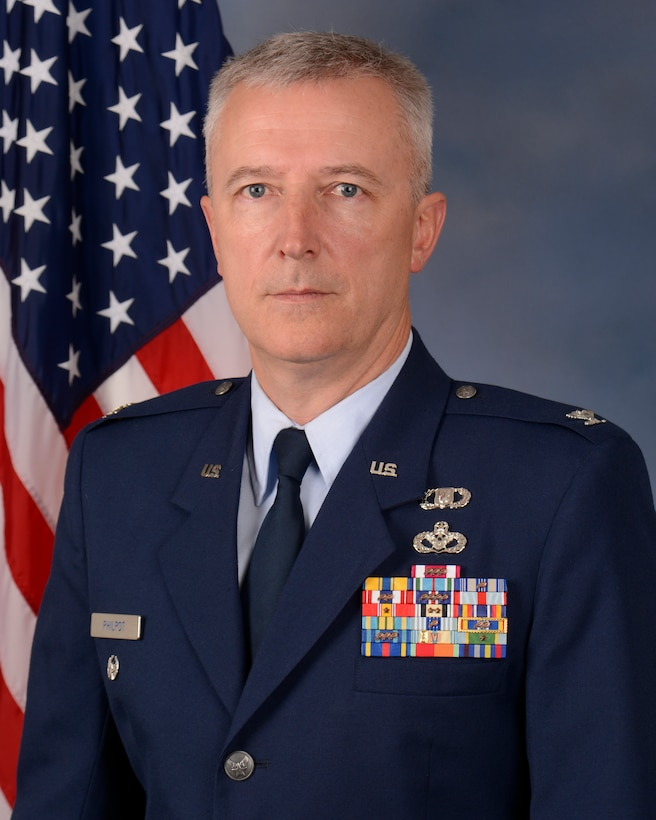 Col. Kevin Philpot, the vice commander for the 115th Fighter Wing, Truax Field, Wisconsin, poses for an official portrait. (U.S. Air Force photo by Master Sgt. Paul Gorman)