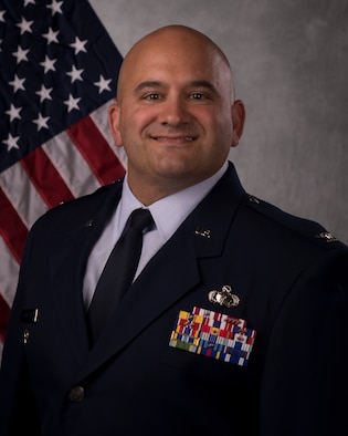 Col Sandelier Official Photo