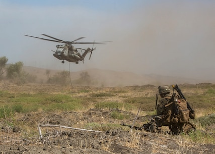 "EOTG Marines fast-rope from ""Warhorse"" Super Stallion"