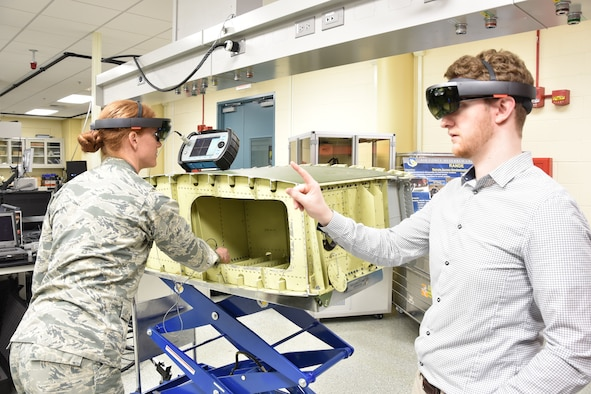 AFRL researchers demonstrate augmented reality for aircraft inspections