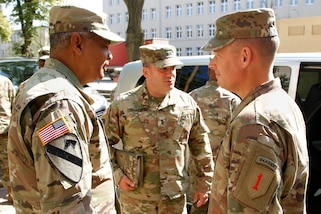 US Army G4's top general visits 1ID in Poland