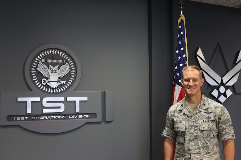 Col. Keith Roessig recently assumed the position of chief of the AEDC Test Operations Division. (U.S. Air Force photos by Bradley Hicks) (Images were manipulated by obscuring badges for security purposes)