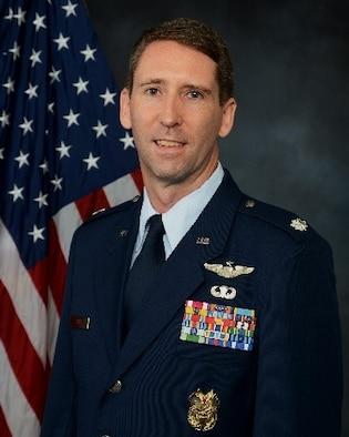 Lt. Col. Erik Axt Official Photo
