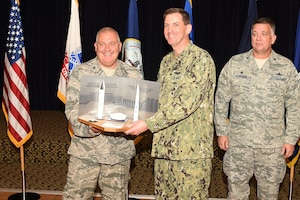 photo of Air Force colonel receiving award