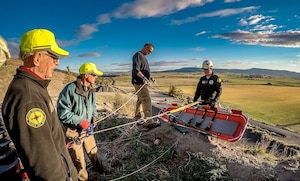 Airmen volunteer for search & rescue