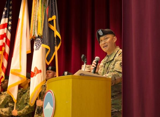 Maj. Gen. Luong takes command of U.S. Army Japan; Maj. Gen. Pasquarette to become Army G-8