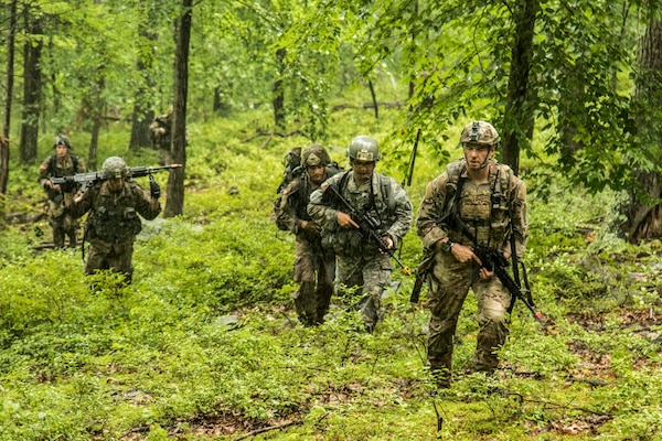 New York Guard School Turns Soldiers Into Infantry Members