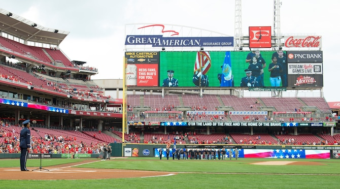 Cincinnati Reds host military appreciation night
