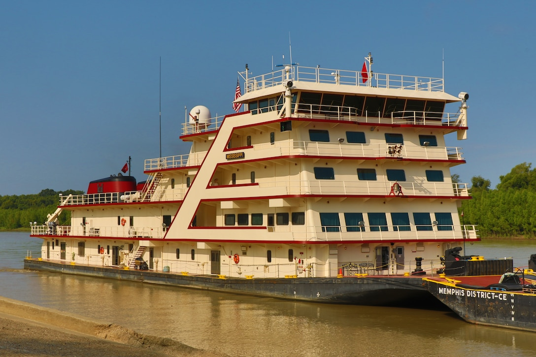 The motor vessel Mississippi arrives in Vicksburg, Mississippi, Aug. 22, 2018, for the Mississippi River Commission's annual low-water inspection and public hearing.