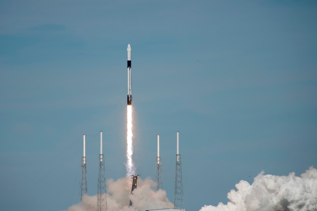 SpaceX's Falcon 9 rocket CRS-16 lifts off from Space Launch Complex 40 on Dec 5, 2018 at Cape Canaveral Air Station, Fla. The CRS-16, a cargo resupply mission to the International Space Station, carried more than 5,600 pounds of supplies to the ISS, including 250 research and science projects. (U.S. Air Force photo by Airman 1st Class Zoe Thacker)