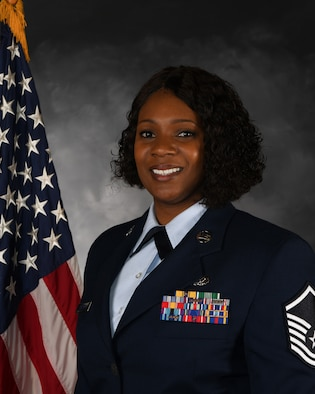 The official bio photo of Air Force Master Sergeant Rhoneiula Johnson.