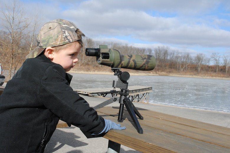 During the two-day event, the Corps provides spotting scopes allowing opportunities to view bald eagles in the wild. Join us Jan. 5-6, 2019 for this great event!
