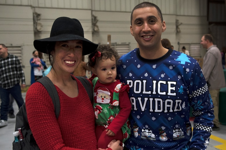 4th FSS hosts Children's Holiday Party