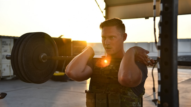 A U.S. Air Force Airman participates in the EOD 134 Memorial Workout at Al Dhafra Air Base, United Arab Emirates, Nov. 30, 2018. 380th Air Expeditionary Wing Airmen, along with coalition partners, participated in the workout to honor the 134 EOD technicians from the U.S. Air Force, Army, Navy and Marine Corps that have been killed since Sept. 11, 2001. (U.S. Air Force photo by Senior Airman Mya M. Crosby)