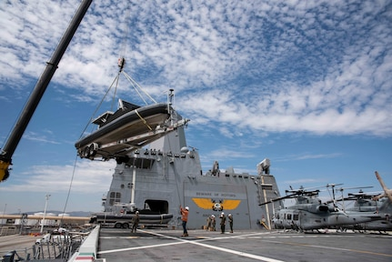USS Green Bay, USCG team up for transport