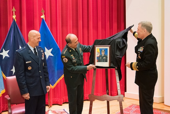 General Nieto Unveils his Hall of Fame Portrait