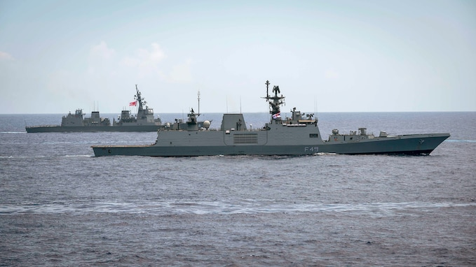 U.S. Seventh Fleet Expands Cooperation with Indian Navy in New Delhi
