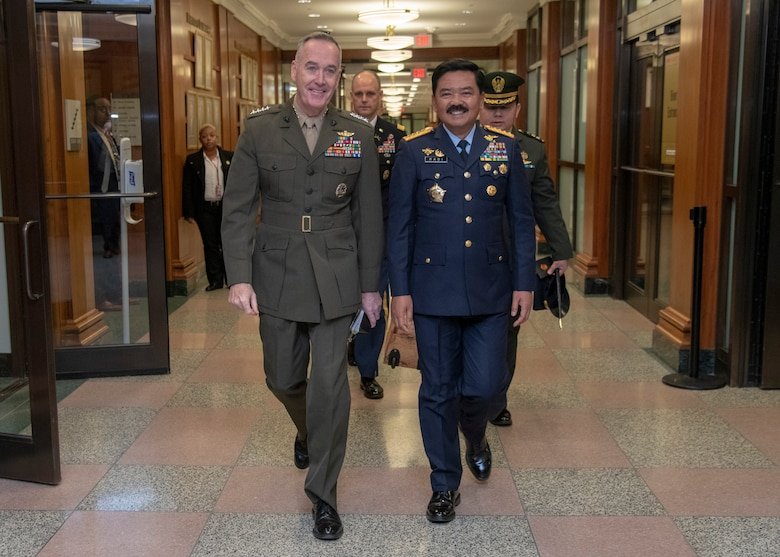 Marine Corps Gen. Joe Dunford, chairman of the Joint Chiefs of Staff, hosts his Indonesian counterpart Air Chief Marshall Hadi Tjahjanto, Commander of the Indonesian National Armed Forces, at the Pentagon, Dec. 11, 2018.