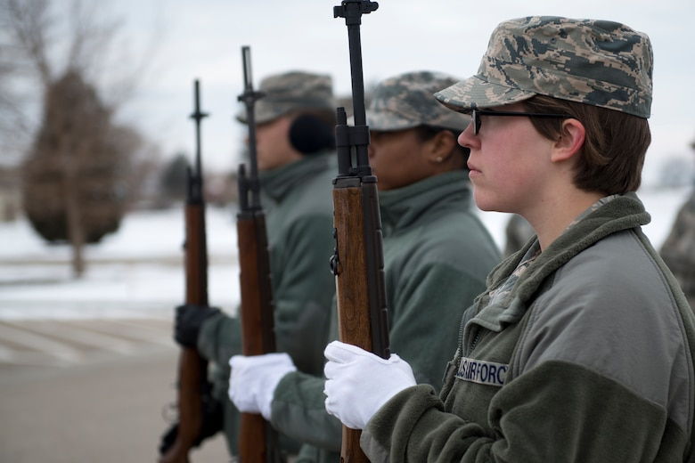 Base ceremonial guardsmen stand in a rifle party formation during funeral sequence training Dec. 7, 2018, at Mountain Home Air Force Base, Idaho. The U.S. Air Force Honor Guard held a ceremonial guardsman training course Dec. 3-12 to help the base honor guard maintain their skills during multiple member sequence training. (U.S. Air Force photo by Airman 1st Class JaNae Capuno)