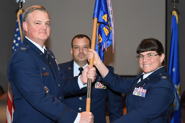 Brewer assumes command of 439th AMDS