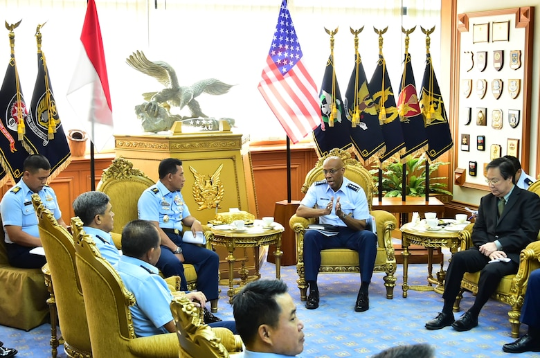 Air Chief Marshal Yuyu Sutinsa, Indonesian Air Force chief of staff, hosts U.S. Air Force Gen. CQ Brown, Jr., Pacific Air Forces commander, during a round table event in Jakarta, Indonesia, Dec. 13, 2018.