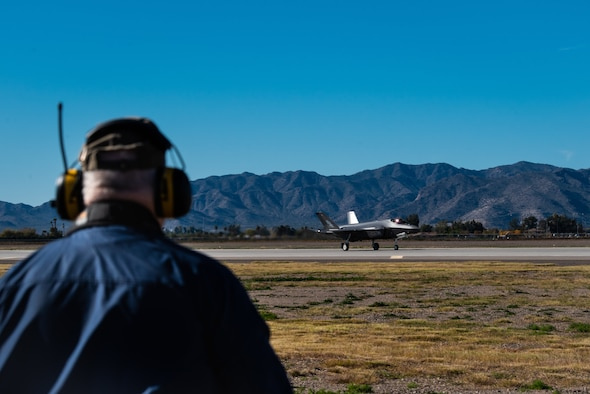 Harvey Brugger, 56th Operations Support Squadron air traffic controller, watches an F-35A Lightning II taxi down the runway, Dec. 13, 2018, at Luke Air Force Base, Ariz.