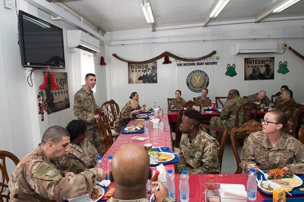 AFCENT command chief praises Airmen at GSUs