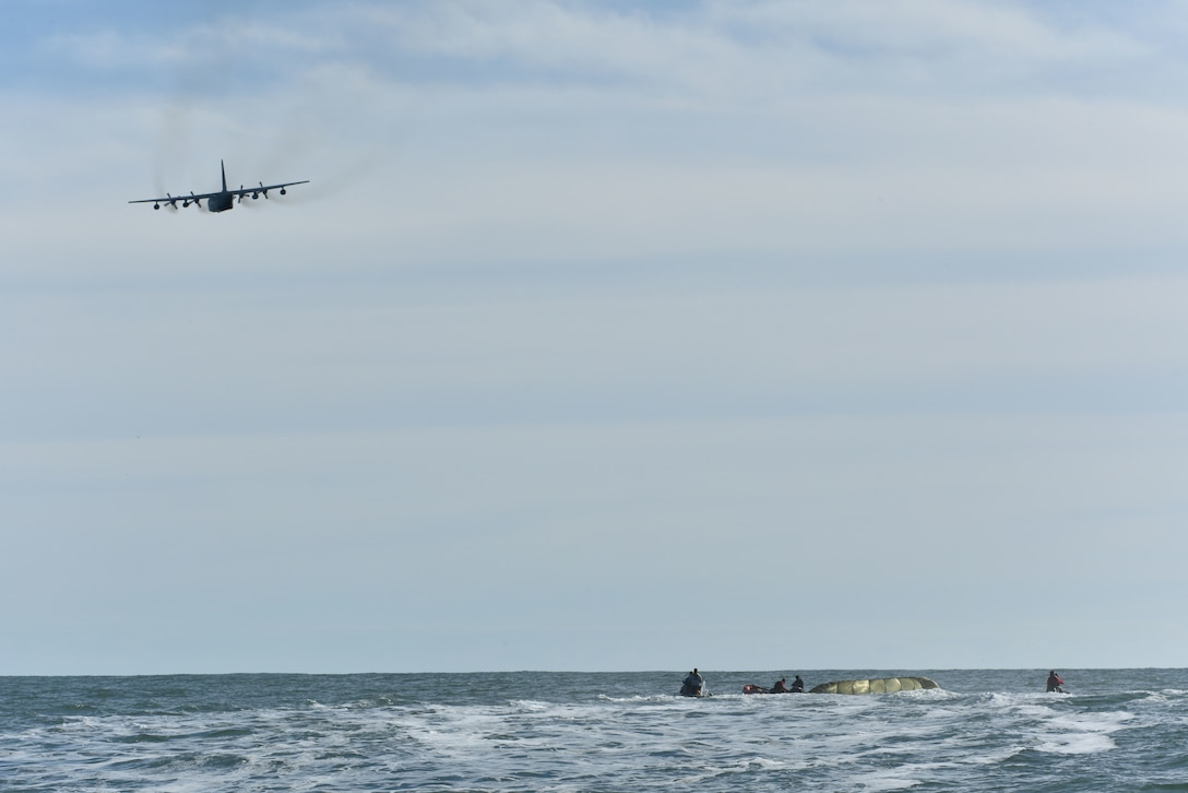 Personnel from the 45th Operations Group, Detachment 3, simulate astronaut rescue and recovery operations, Dec 12, 2018 off the coast of Cape Canaveral Air Station, Fla. As the U.S. prepares to return to human spaceflight, DET 3 in coordination with NASA and commercial partners, will play a direct role in rescue and recovery of astronauts because they are the only Department of Defense unit responsible for all aspects of human spaceflight recovery including planning of rescue tactics, real-world execution, and overall command and control of the human spaceflight mission. (U.S. Air Force photo by Airman 1st Class Dalton Williams)