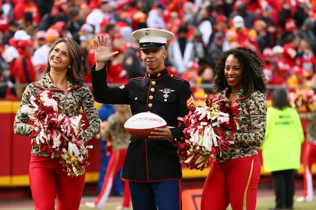Cpl Rey Pagan, Administrative Clerk, Recruiting Station Kansas City, is recognized for his service during the Kansas City Chiefs vs Arizona Cardinals Game on November 11, 2018.