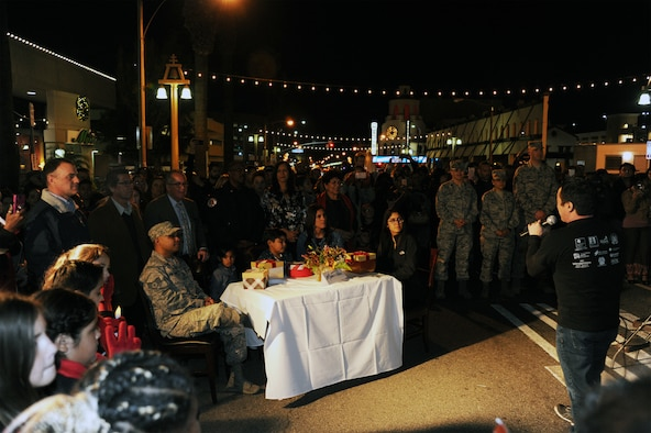 Staff Sgt. Chris Dullano and his family thought they were just going to dinner on Thursday, Dec. 13, 2018. Instead, they were treated to a special surprise during the Festival of Lights in downtown Riverside. More than 100 students from the Riverside Arts Academy performed a musical flash mob, surprising the military family and pedestrians with a performance of three holiday songs.