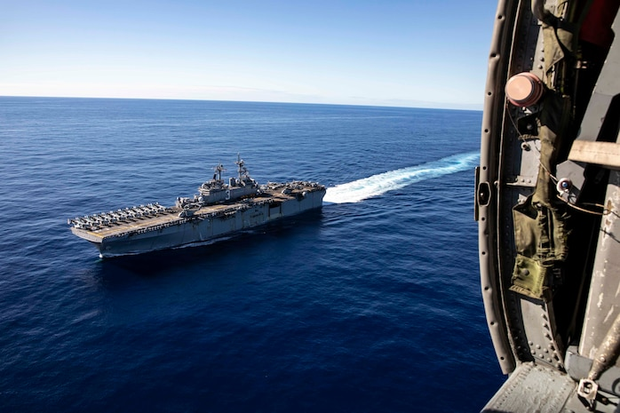 The Wasp-class amphibious assault ship USS Kearsarge sails across the Atlantic Ocean Dec. 23, 2018. Marines and Sailors with the 22nd Marine Expeditionary Unit and Kearsarge Amphibious Ready Group are currently underway for a deployment to the U.S. 5th and 6th Fleet areas of responsibility.