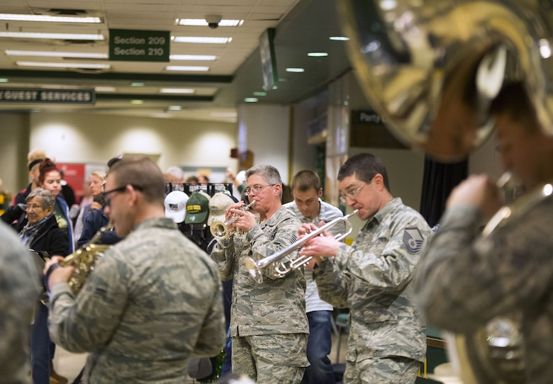 Wright State University honors military at basketball game
