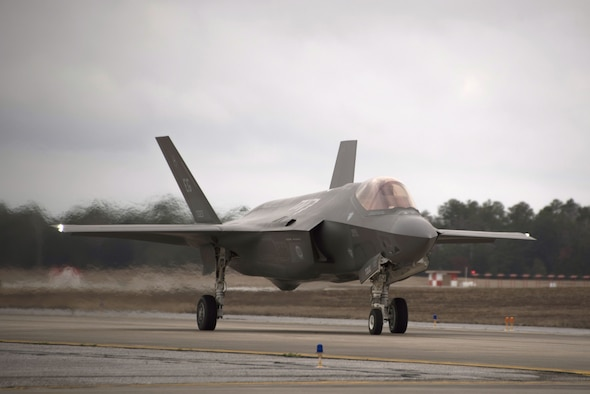 An F-35A Lightning II assigned to the 33rd Fighter Wing taxis prior to participating in an expanded Lightning Top Off Course Jan. 29, 2018, at Eglin Air Force Base, Fla. During the expanded LiTOC 10 U.S. Navy and Air Force active duty and reserve units will conduct over 500 sorties throughout the two week exercise. Expanding LiTOC from its typical academic and simulator training to actual live-fly missions enables the 33 FW to better meet the needs of the operational squadrons student pilots will be assigned to. (U.S. Air Force photo by Staff Sgt. Peter Thompson/Released)