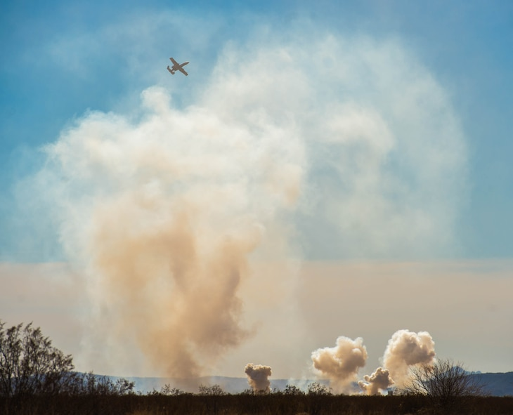 An A-10 Thunderbolt II drops a bomb onto the Barry M. Goldwater Range in Gila Bend, Ariz., Feb. 1, 2018. Various aircraft visited the range for Haboob Havoc, a competition for pilots to hone their skills in aerial combat, build camaraderie and revitalize fighter pilot culture. (U.S. Air Force photo/Airman 1st Class Caleb Worpel)