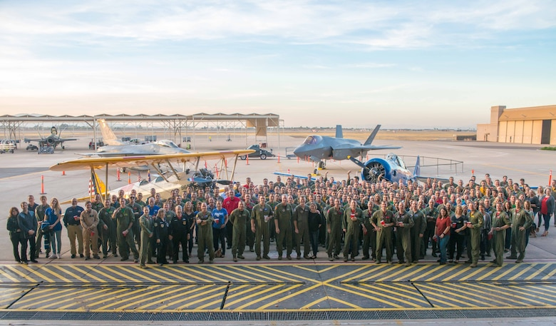 Haboob Havoc participants pose for a group photo at Luke Air Force Base, Ariz., Feb. 2, 2018. The fighter pilot competition, designed for pilots to hone their skills in aerial combat, build camaraderie and revitalize fighter pilot culture, was hosted by Thunderbolts Jan. 29 through Feb. 2. (U.S. Air Force photo/Senior Airman Devante Williams)