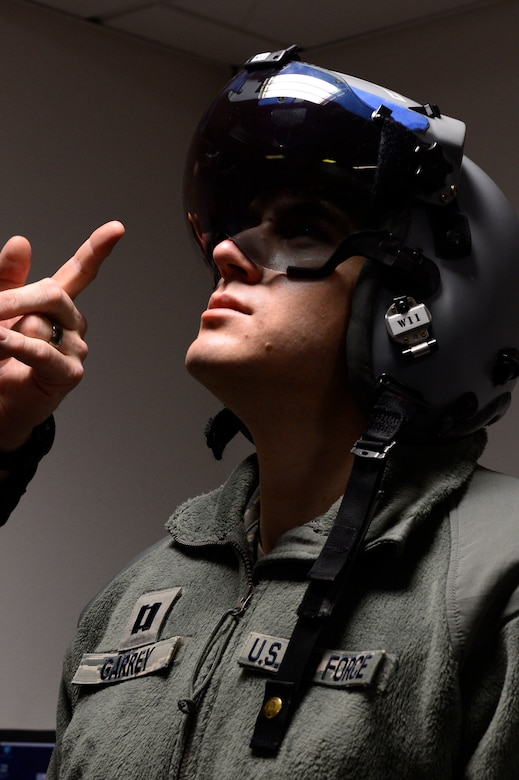 The F-16 helmets have a target grid within them that makes it easy for pilots to track the enemy.