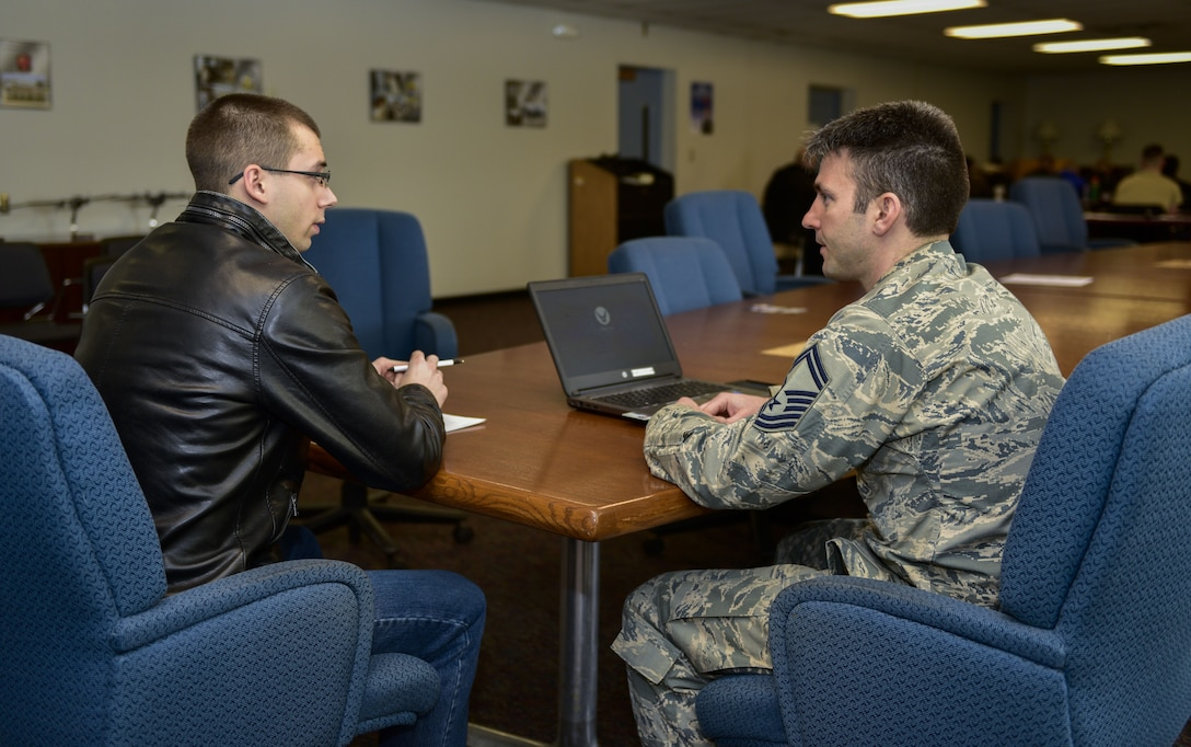 914 ARW Leads AFRC in Recruiting