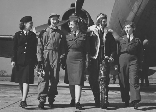Members of the U.S. Army Flight Nurse Corps in 1943, displaying the various types of Army Nurse Corps uniforms. From left to right, 2nd Lt. Wilma Vinsant, in regulation blue winter uniform, Army Nurse Corps; 2nd Lt. Edith M. Roe; 2nd Lt. Ethel Guffey; 2nd Lt. Jane Orme, winter flying suit and 2nd Lt. Adela Besse, the gray flying suit with slacks. (Photo courtesy of the National Archives)
