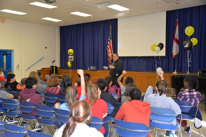 Lt. William Hough, Tallapoosa County Sheriff Dept., chief investigating/training officer came and spoke to Maxwell's middle school students about all the dangers that exist in the social media world Feb. 2, 2018 Maxwell Air Force Base, Ala. He interacted with the students and helped them understand all the dangers that they can face on the internet and how to avoid the pitfalls many young teens encounter in this cyber age. (U.S. Air Force Photo by Staff Sgt. Christopher Horton)