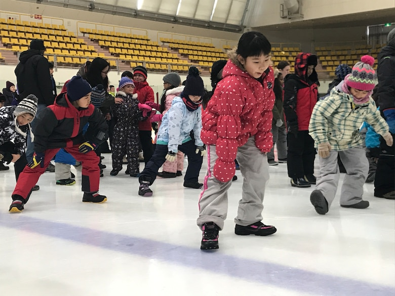 Misawa City and Misawa Air Base kids competed in the 6th Misawa Ice Hockey Exhibition at the Misawa International Center Hockey Arena Jan 27, 2018.