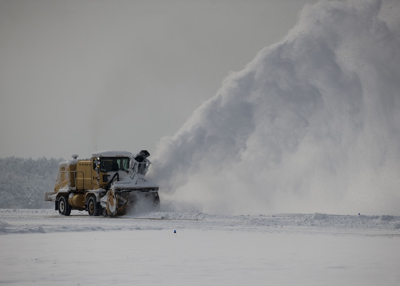 Snow Plow Air Intake : Th fighter wing ce forms team tackles snow gt kunsan air