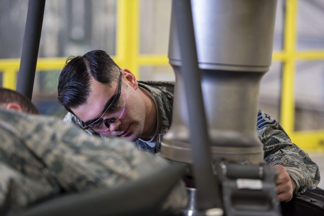 Phasing the Pavehawk: 33rd HMU begins 600-hour phase
