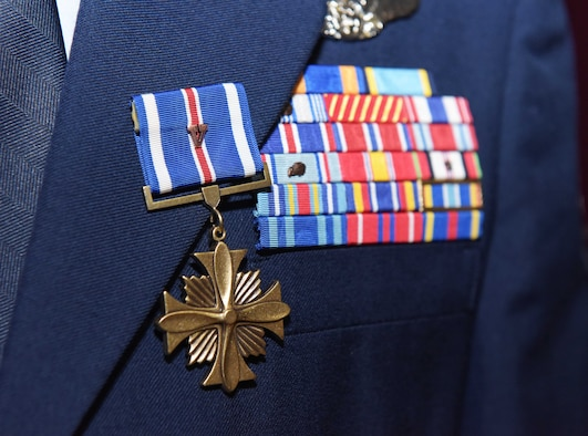 distinguished flying cross awarded for heroism in action