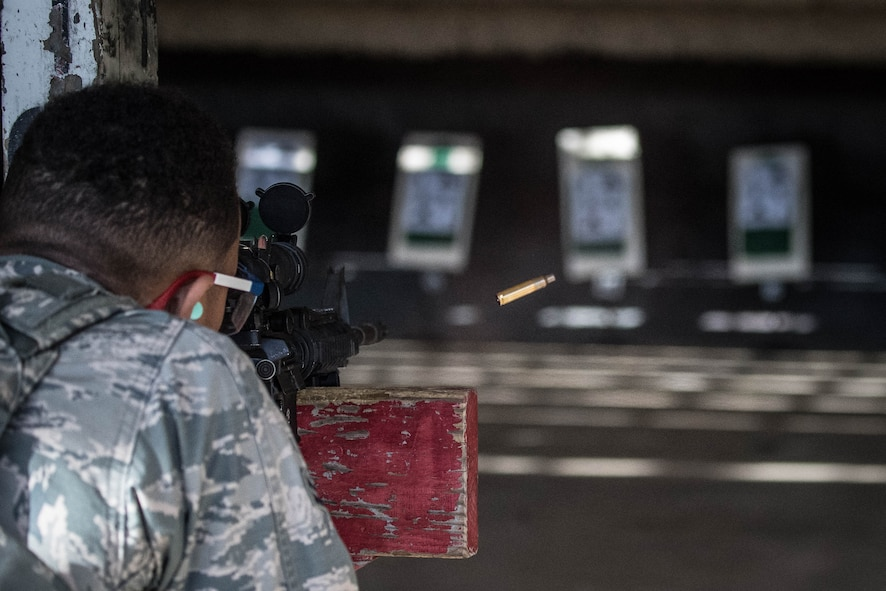 At the Range: 2nd SFS perform annual qualification