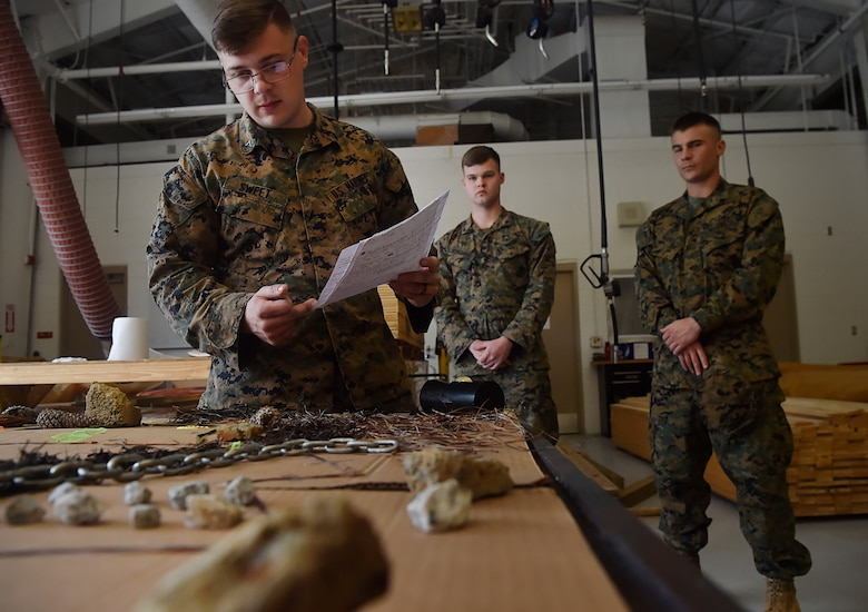 active duty marines incorporate combat experience to usmc reserve