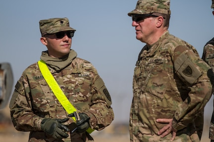 Army Reserve General Officers visit K-Crossing