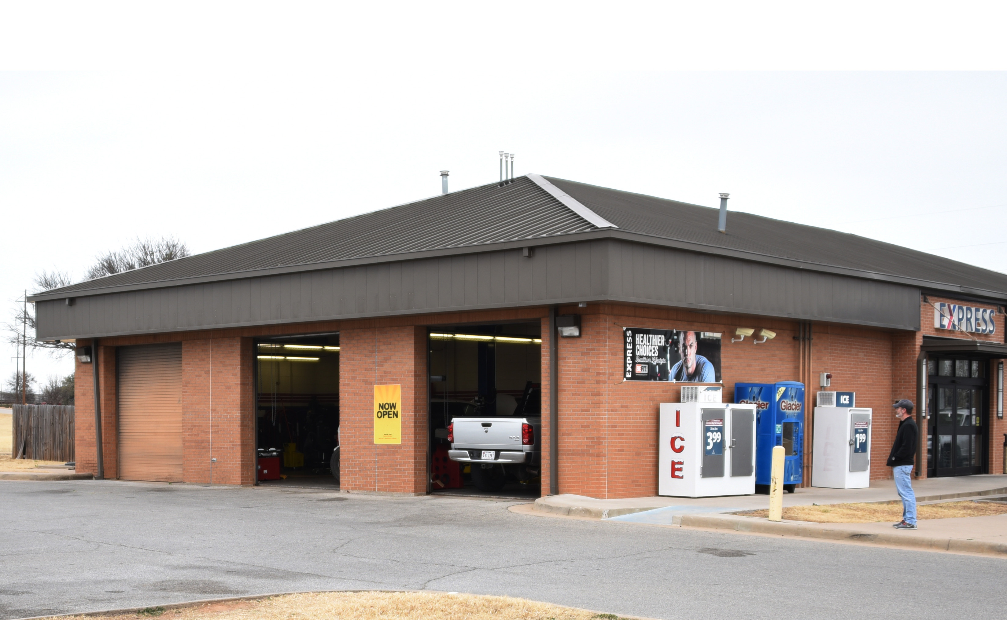 Auto Care Center >> New Auto Care Center Now Open On Sheppard Sheppard Air Force Base