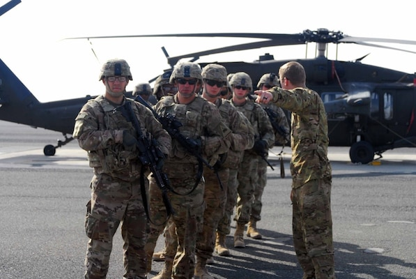 Hot And Cold Flight Training Warms Up Soldiers In Kuwait National